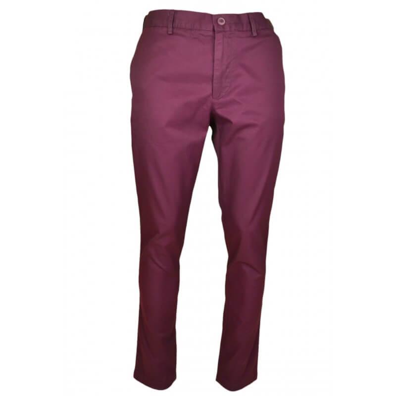 pantalon chino lacoste rouge bordeaux pour homme. Black Bedroom Furniture Sets. Home Design Ideas