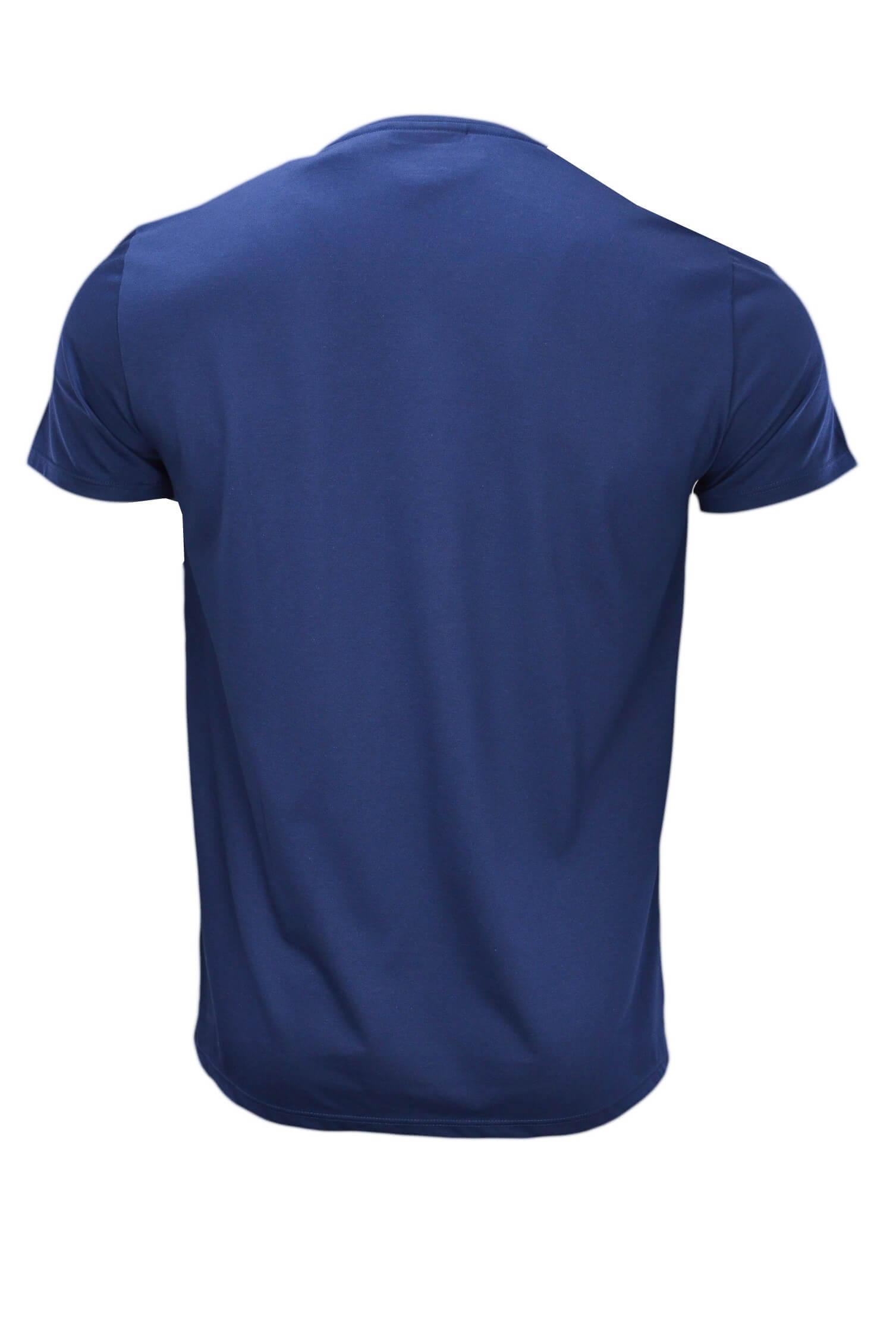 t shirt col v lacoste bleu marine pour homme toujours au. Black Bedroom Furniture Sets. Home Design Ideas