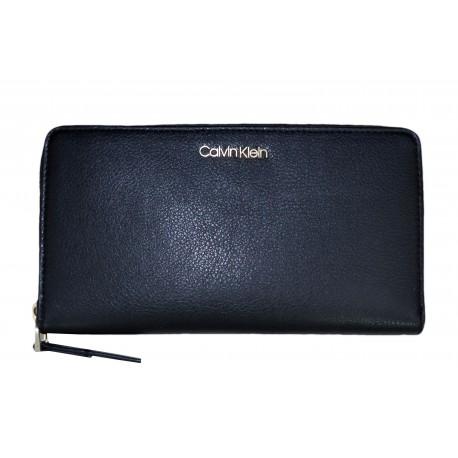 Portefeuille zippé Calvin Klein noir pour femme