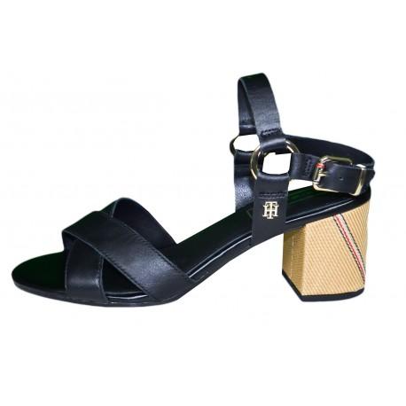 Sandales à petit talon carré Tommy Hilfiger noire en cuir pour femme