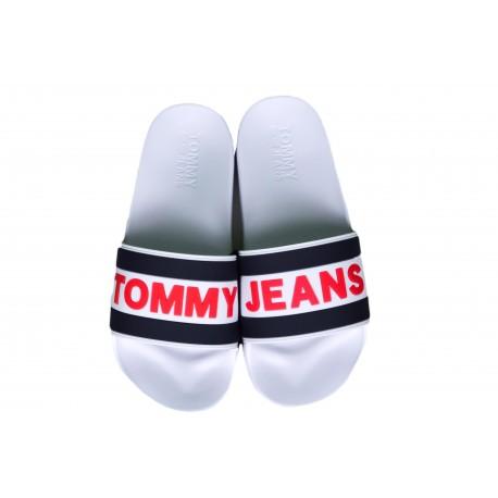 Claquettes Tommy Jeans blanches à logo rouge pour homme