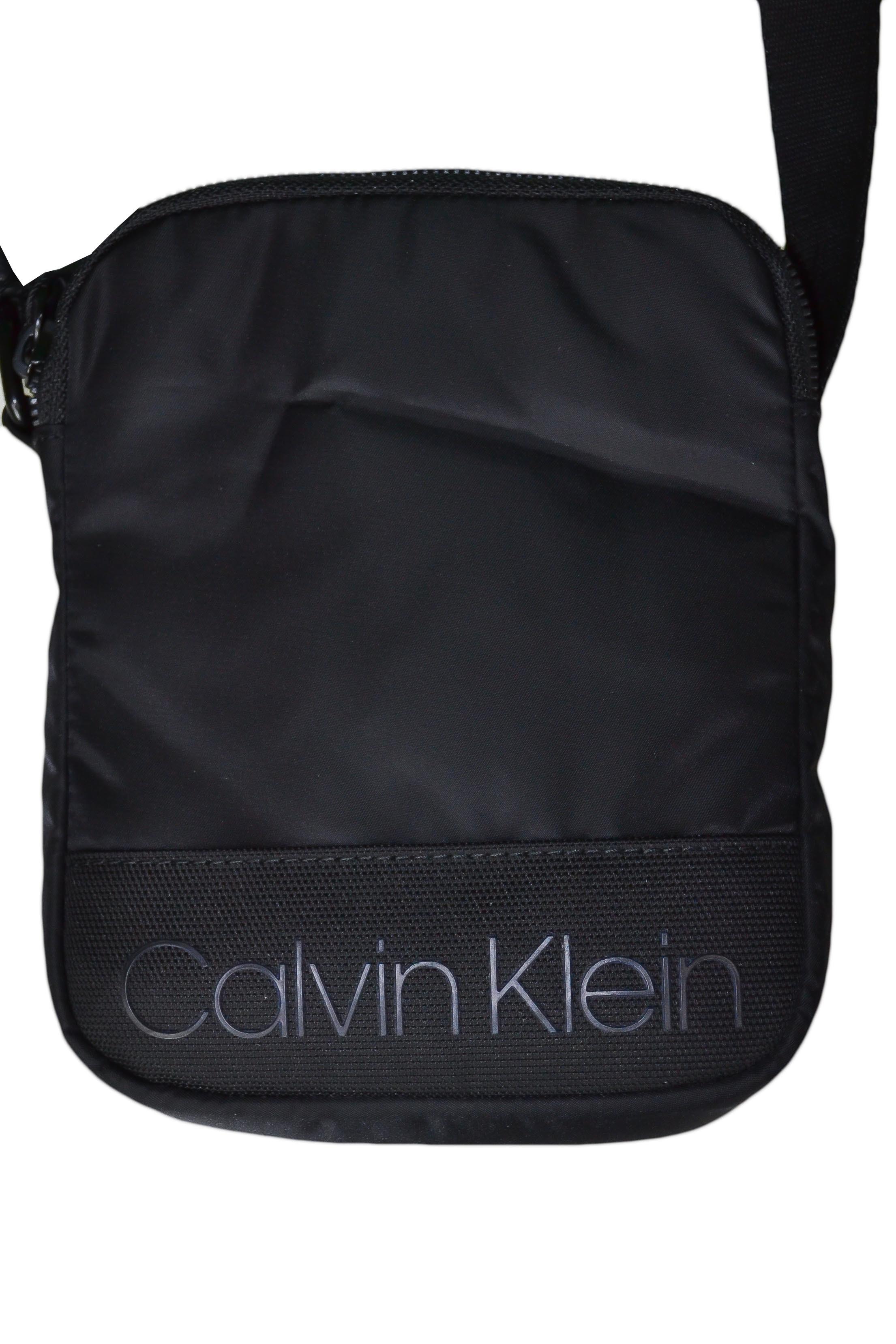 Sac bandoulière Calvin Klein noir en nylon pour homme Toujours au